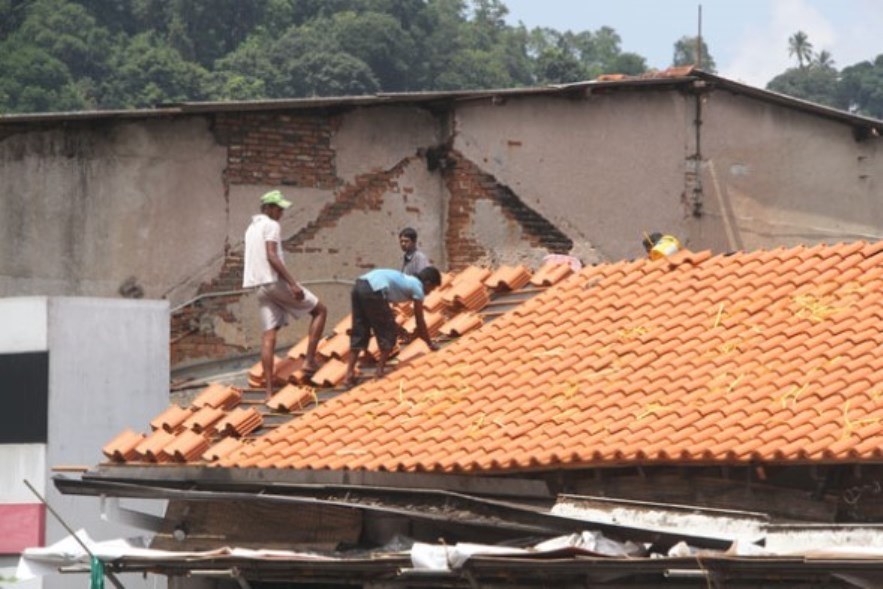 0fixing newroof2013november.jpg